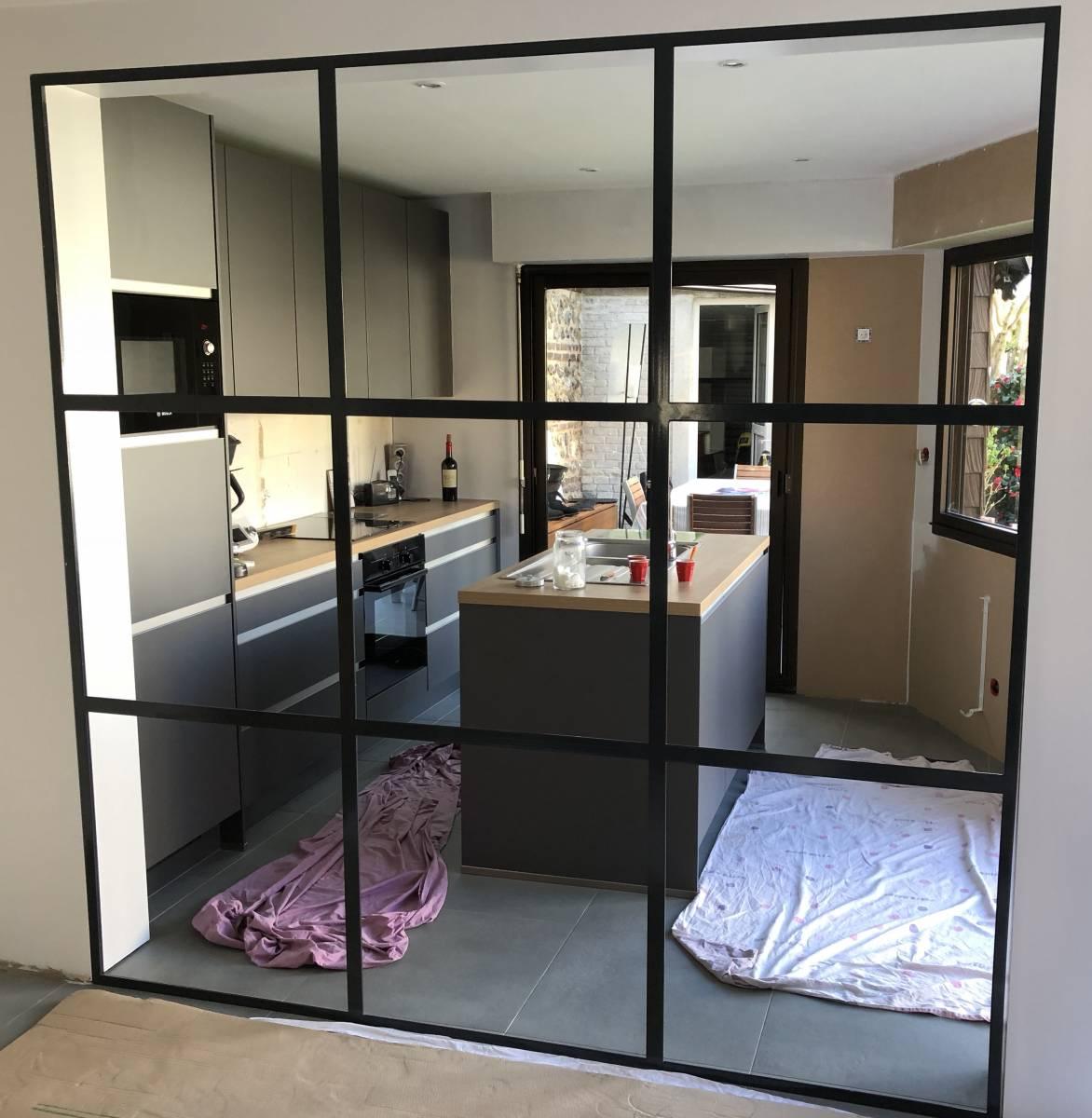 fabrication et pose d 39 une verri re sur mesure dans une cuisine proche saint adresse 76. Black Bedroom Furniture Sets. Home Design Ideas